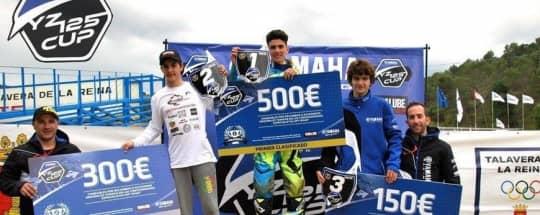 El equipo KRONOS + MOTO, 3er clasificado en la Yamaha YZ Cup