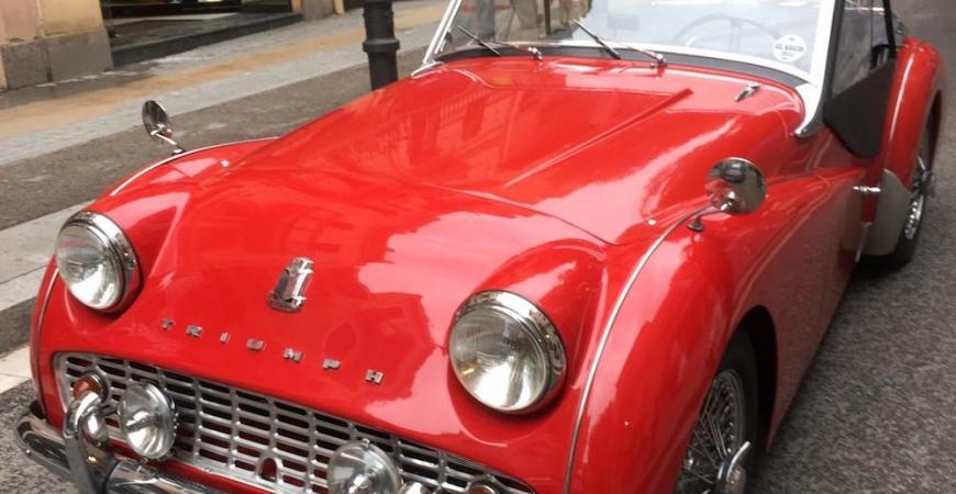 Encuentro anual de coches clásicos en Sant Andreu