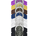 KRONOS COLORS ( ref. 788) Movimiento: Cronógrafo de cuarzo / Cristal: Mineral endurecido / Caja y esfera: Caja de plástico de 40mm / Corona y fondo a presión / Sumergible a 5 ATM / Brazalete: Correa silicona / Cierre desplegable de seguridad en acero